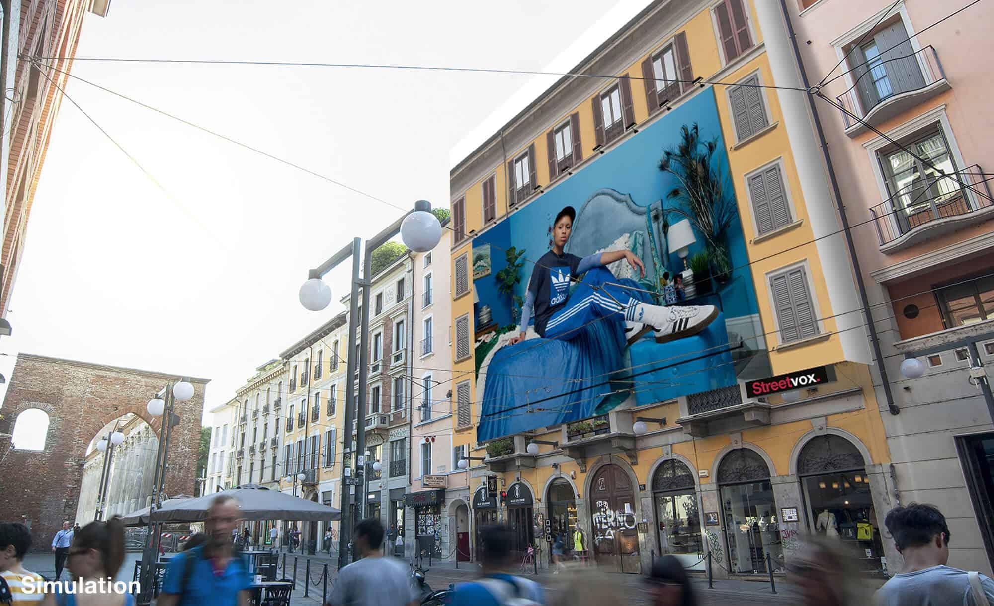 Maxi Affissione a Milano in Corso Ticinese 16 di Adidas (sport)