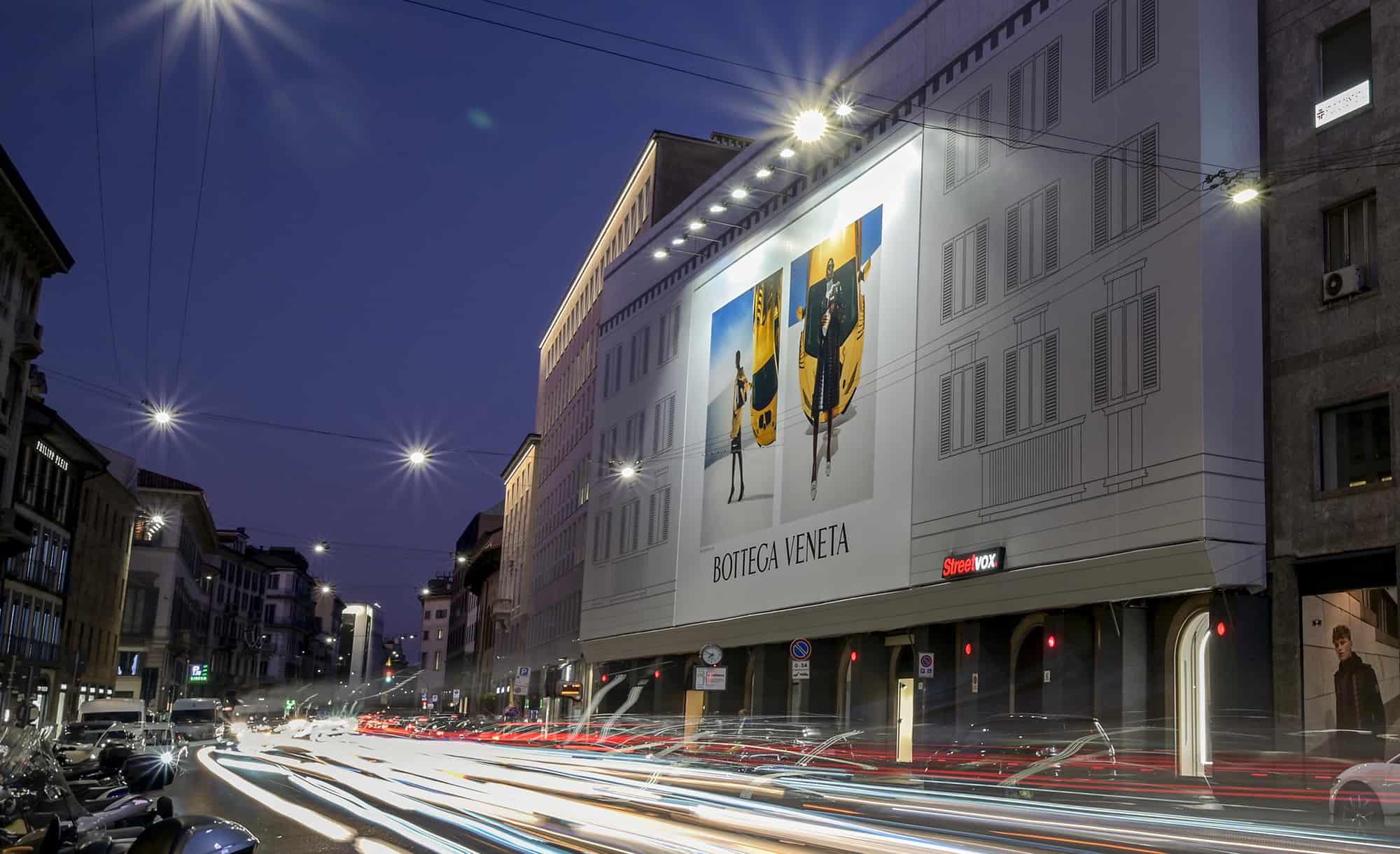 Maxi Affissione a Milano in Corso Venezia 6 per Bottega Veneta