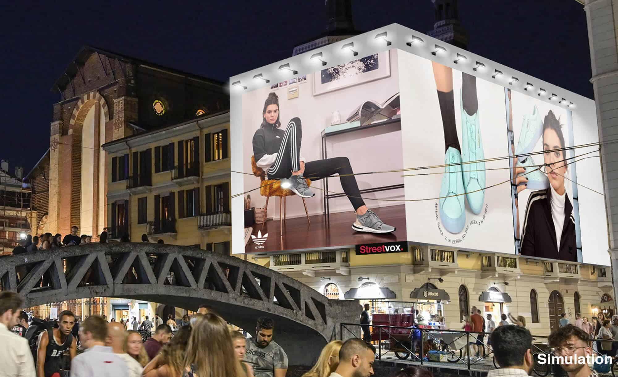 Maxi Affissione Streetvox Via Corsico 12 a Milano con Adidas (Moda)