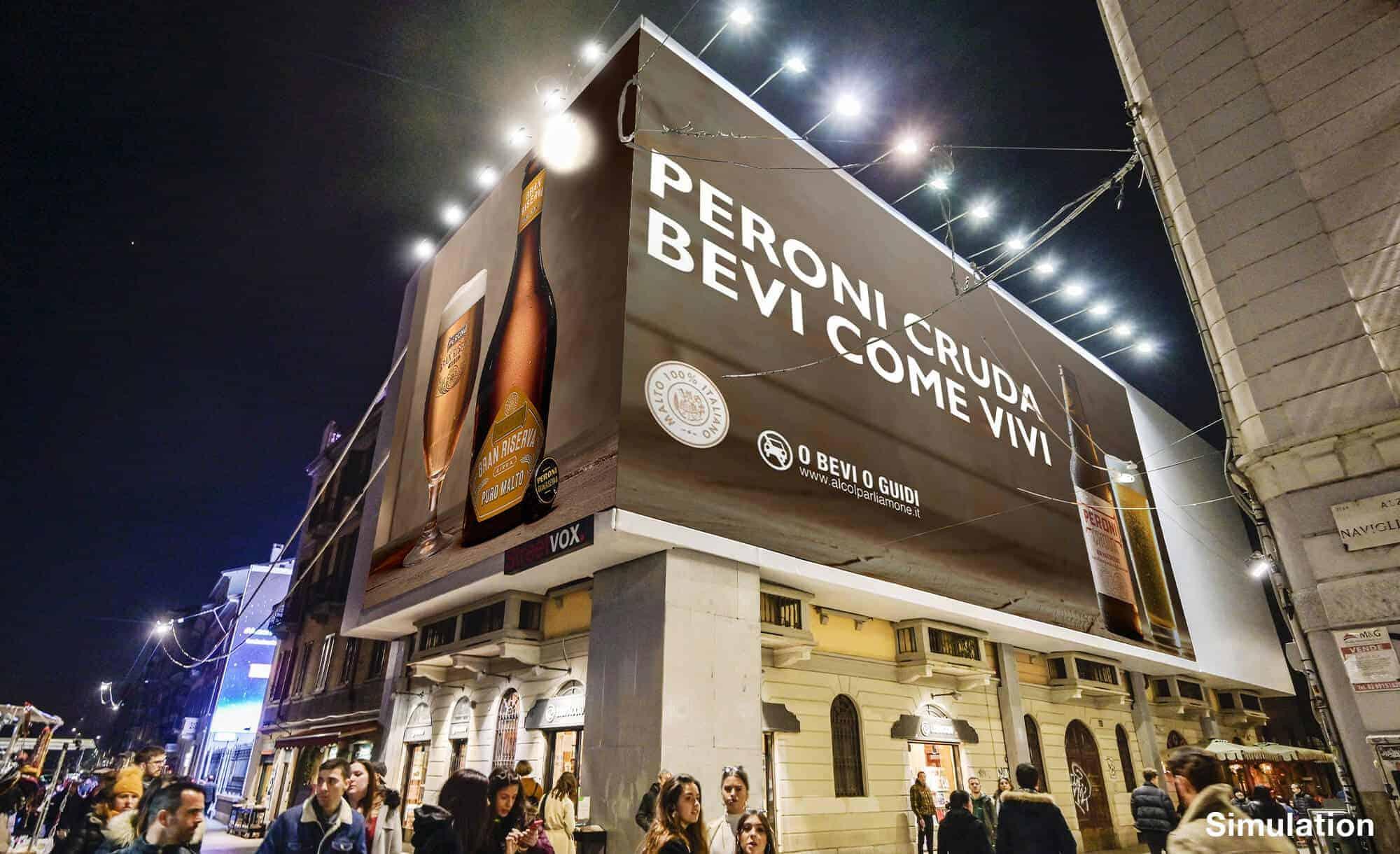 Maxi Affissione a Milano in Via Corsico 12 sui Navigli di Peroni (beverage)