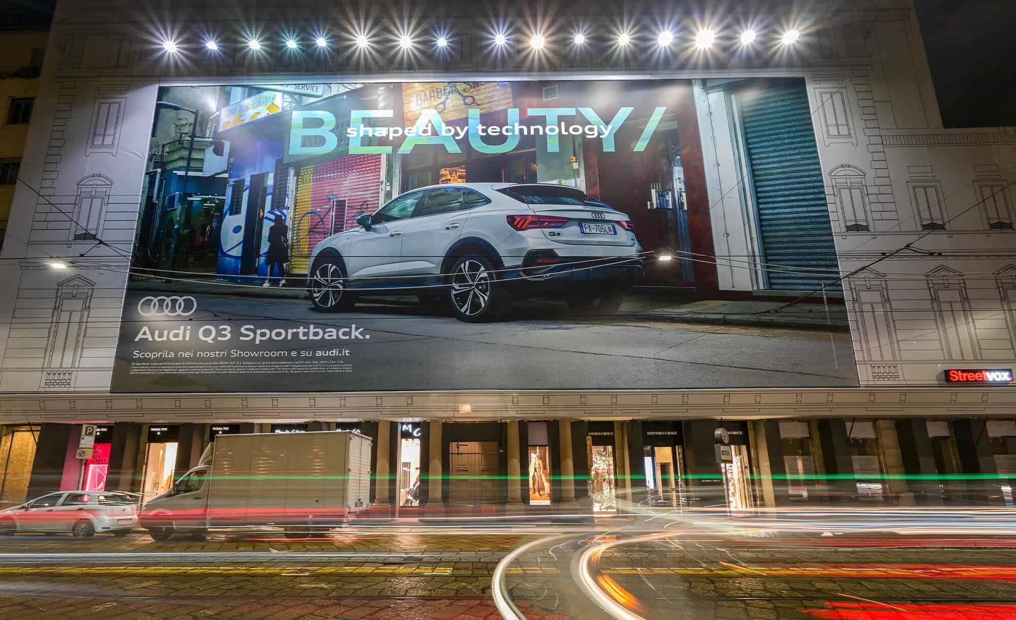 Maxi Affissione Streetvox in Via Manzoni 38 Milano Audi