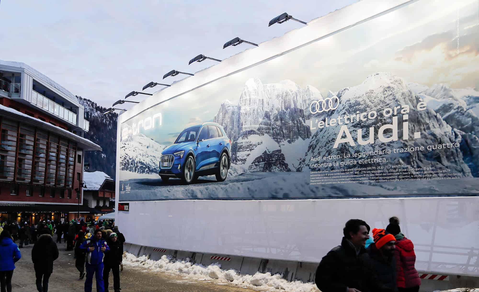 Maxi Affissione a Madonna di Campiglio in Piazza Righi di Audi (Automotive)