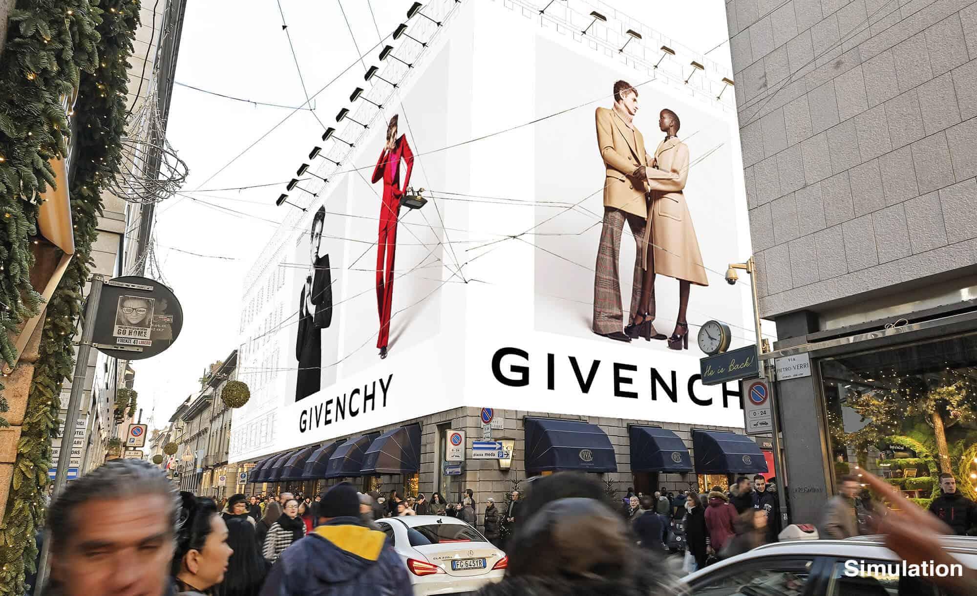 Maxi Affissione Streetvox Via Monte Napoleone 8 a Milano con Givenchy (Fashion)
