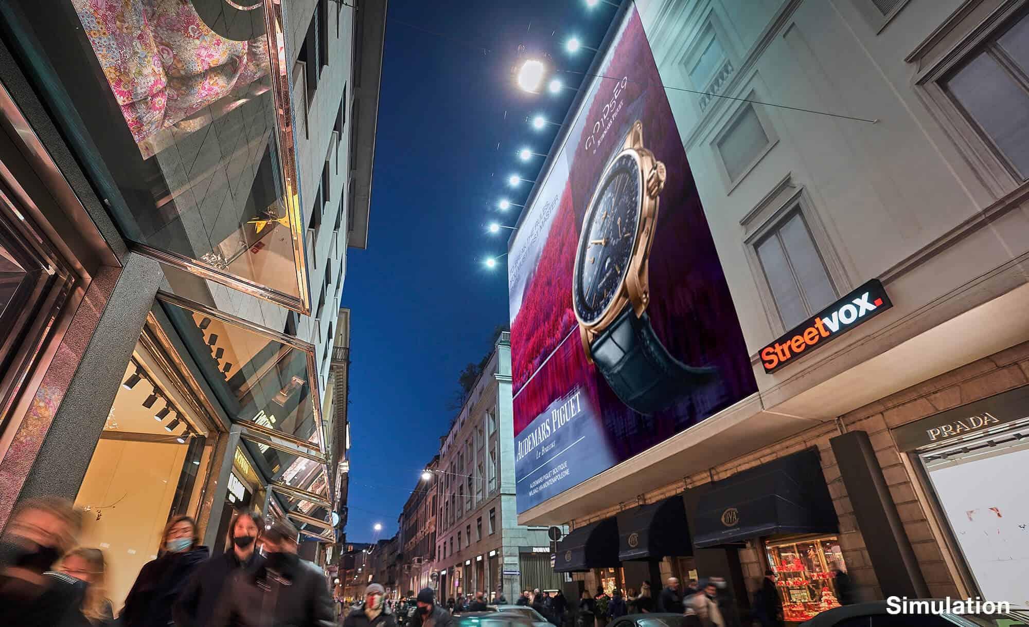 Maxi Affissione Streetvox Via Monte Napoleone 8 a Milano con Audemar Piguet (Luxury)