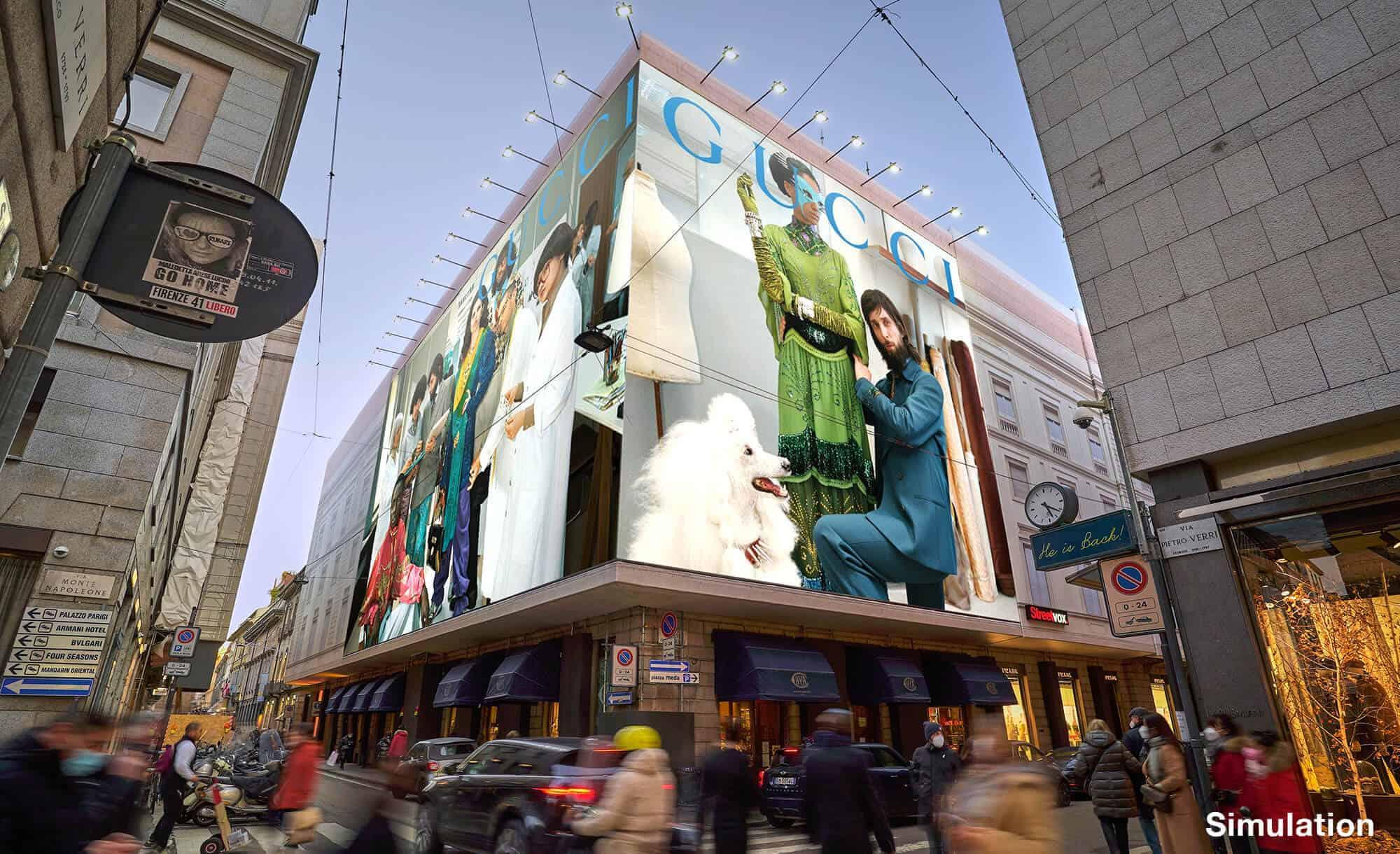Maxi Affissione Streetvox Via Monte Napoleone 8 a Milano con Gucci (Fashion)