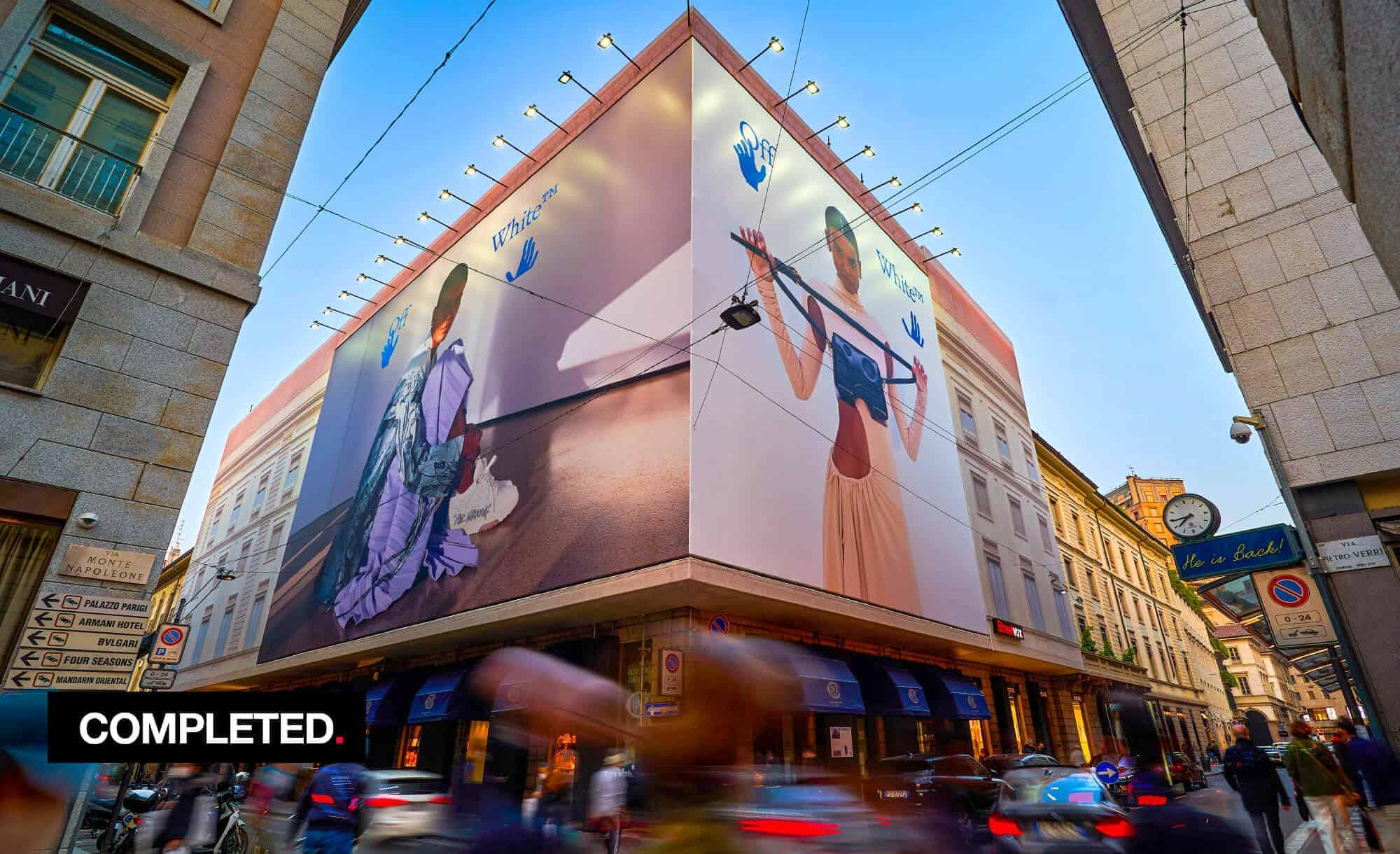 Maxi Affissione a Milano in Via Monte Napoleone 8 con Off-White (Fashion)