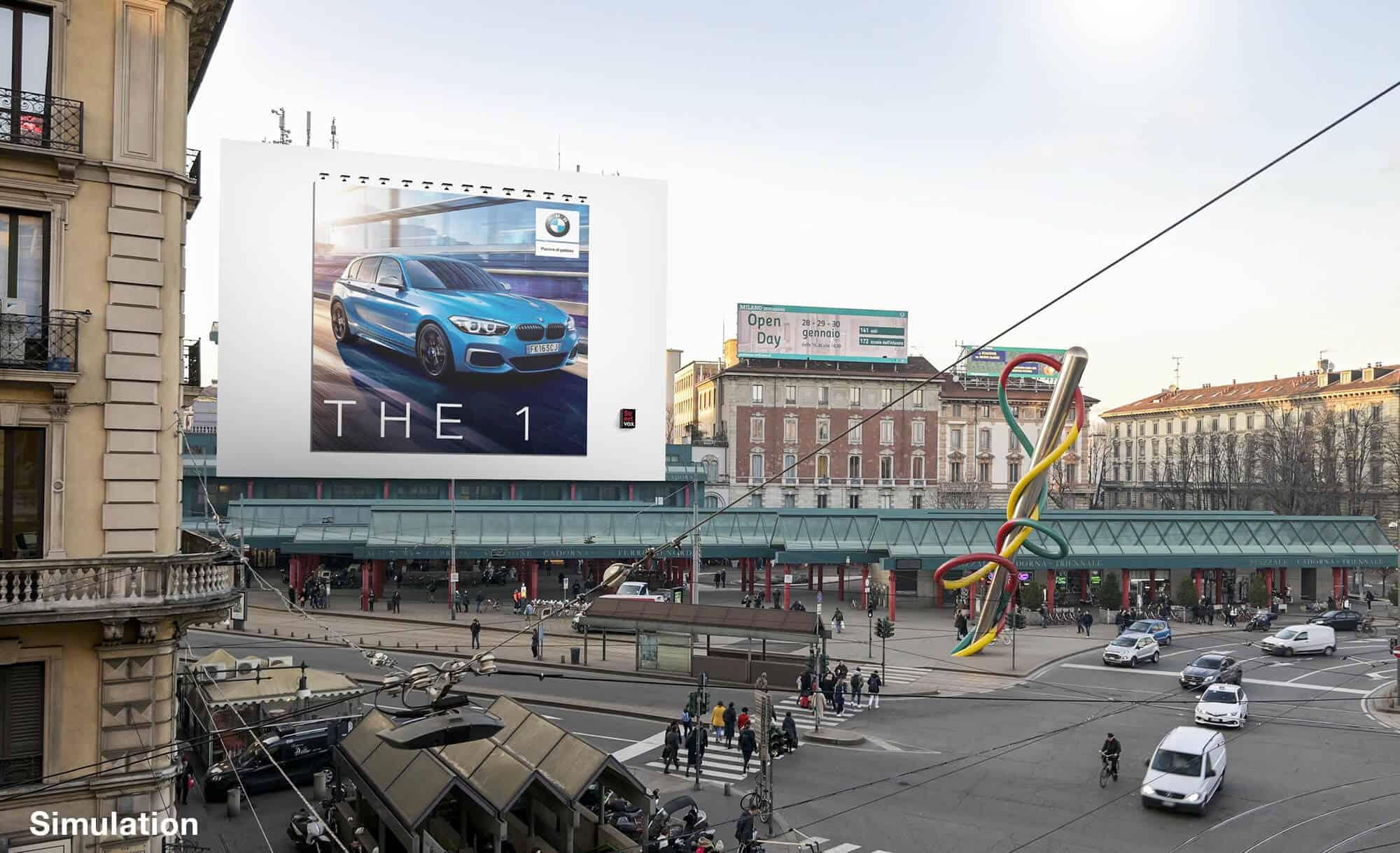 Maxi Affissione a Milano in Piazza Cadorna di BMW (automotive)