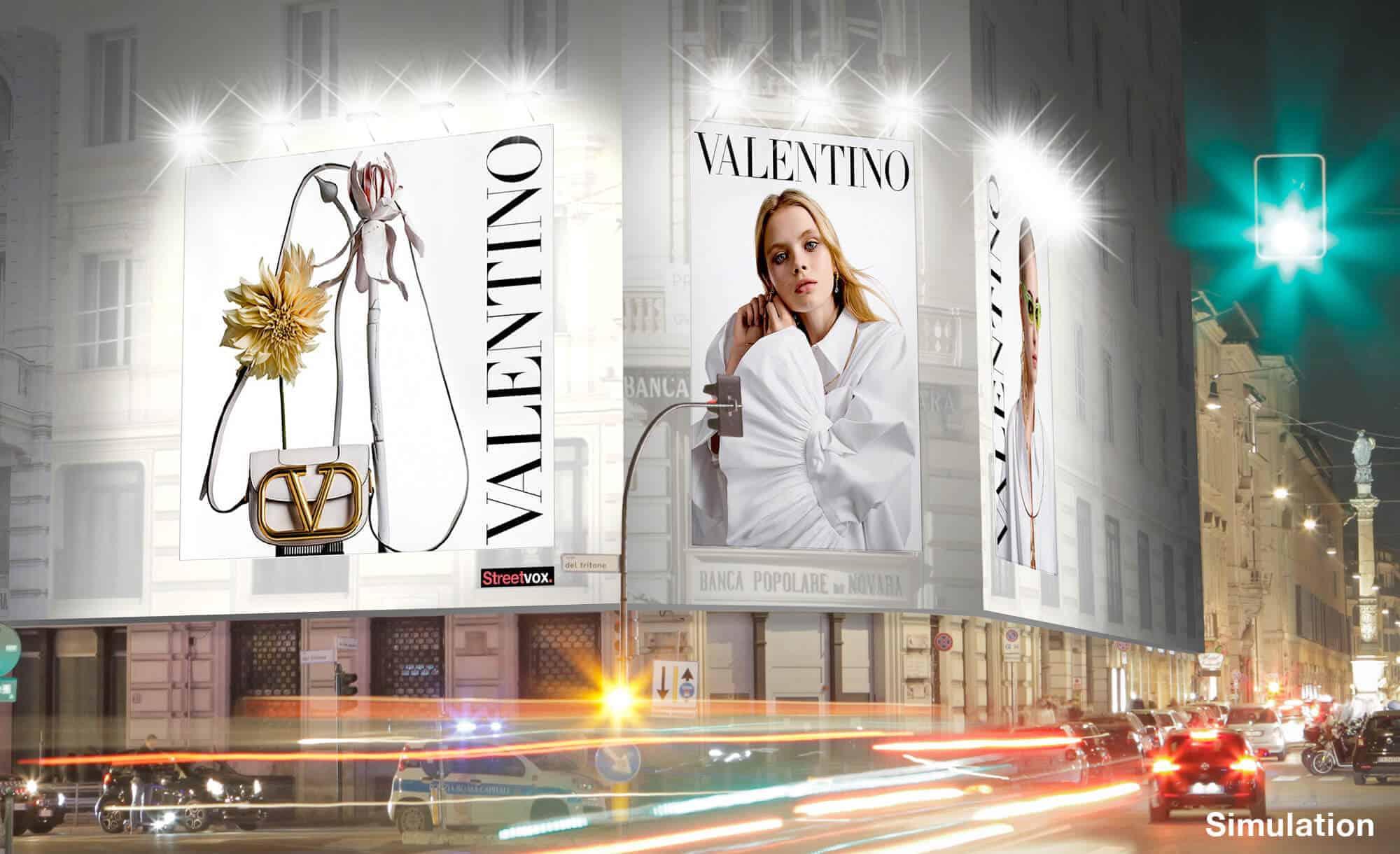 Maxi Affissione Streetvox in Via Tritone 66 a Roma con Moda