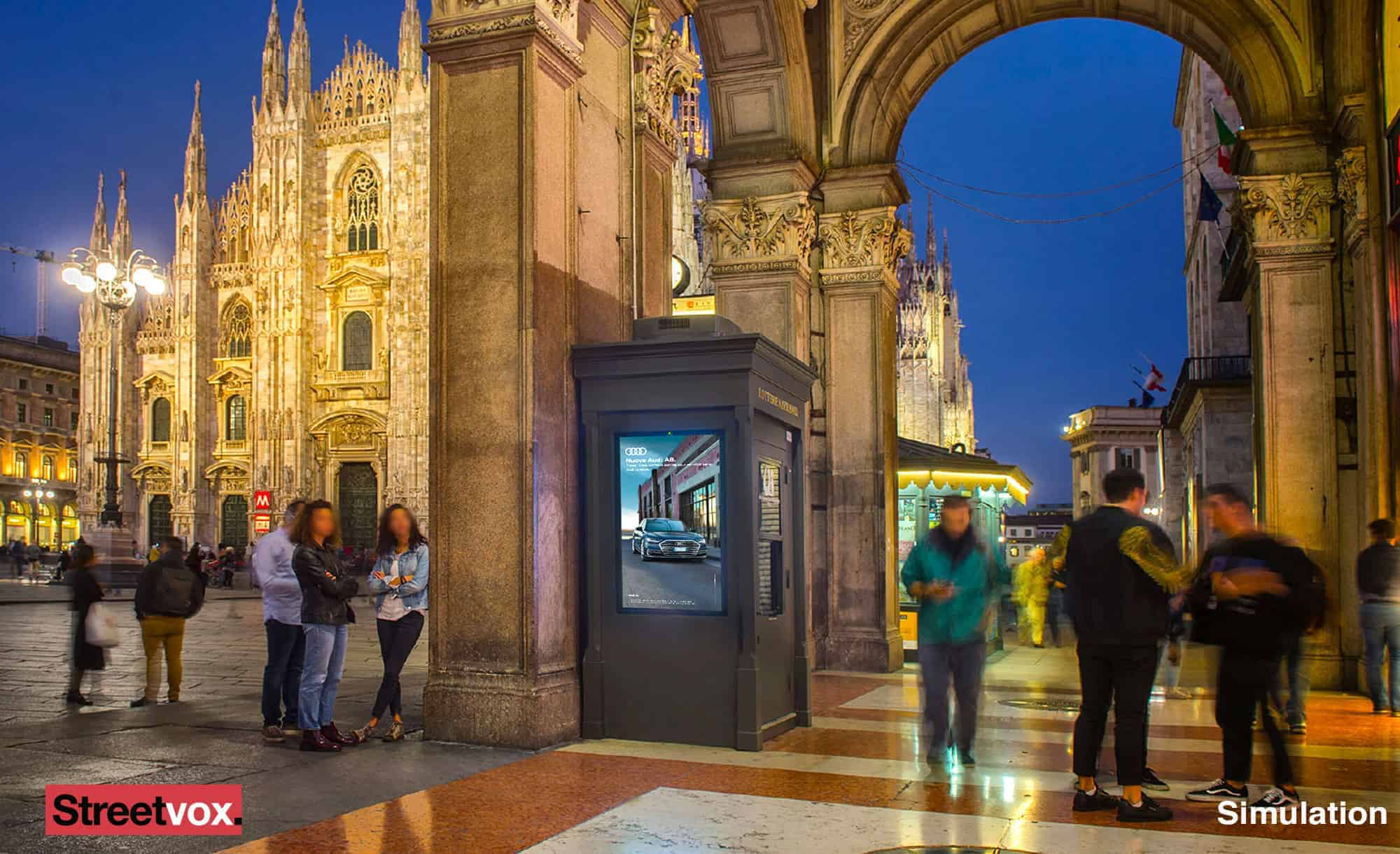 Digital Box Streetvox in Piazza Duomo a Milano (DOOH) disponibile anche in programmatic