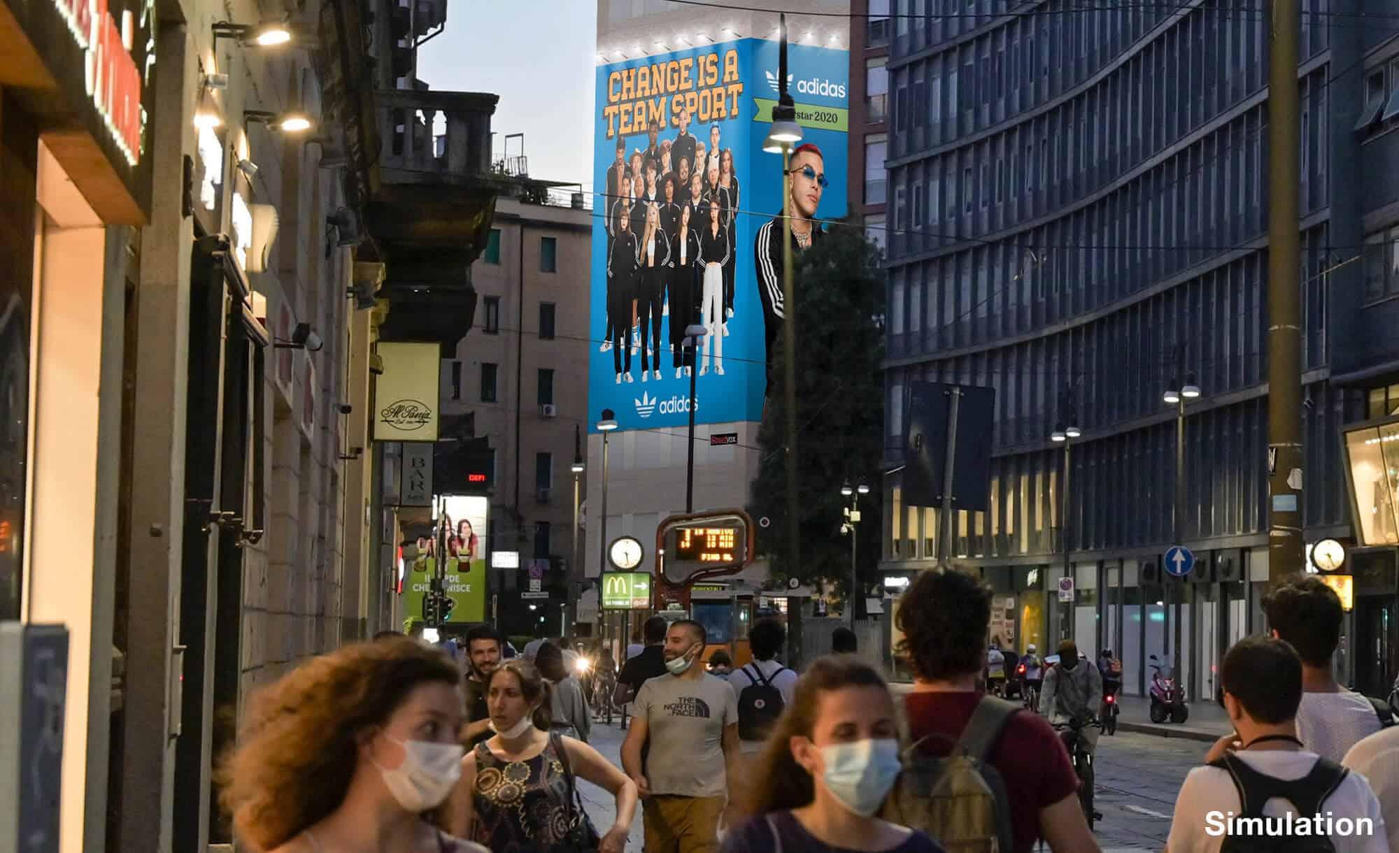 Maxi Affissione Streetvox in Largo Carrobbio su Hotel Ariston a Milano con Adidas (Fashion)