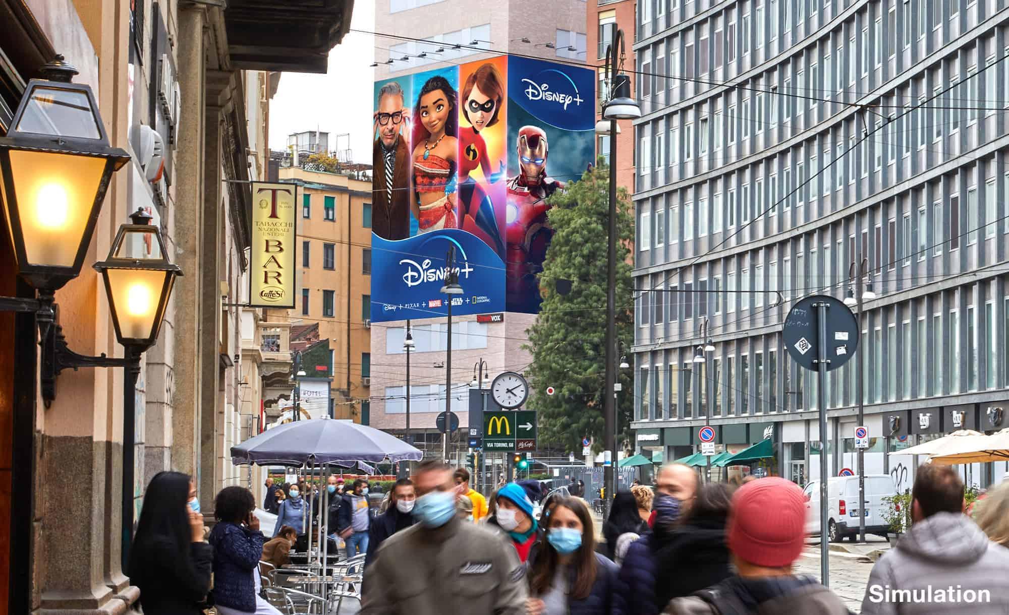 Maxi Affissione Streetvox in Largo Carrobbio su Hotel Ariston a Milano con Disney (movie)