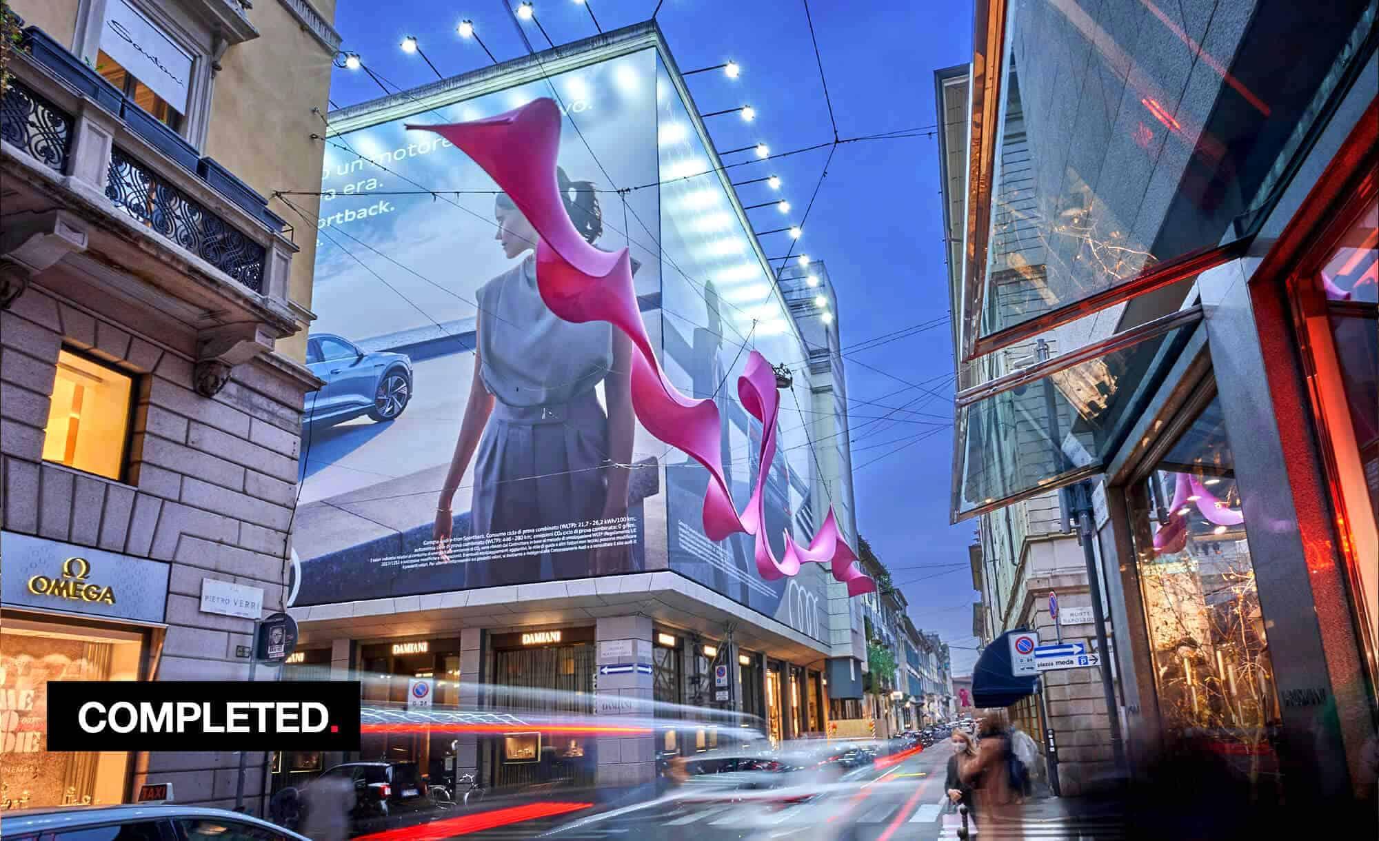 Maxi Affissione Streetvox in Via Monte Napoleone 10 a Milano con Audi (Automotive)