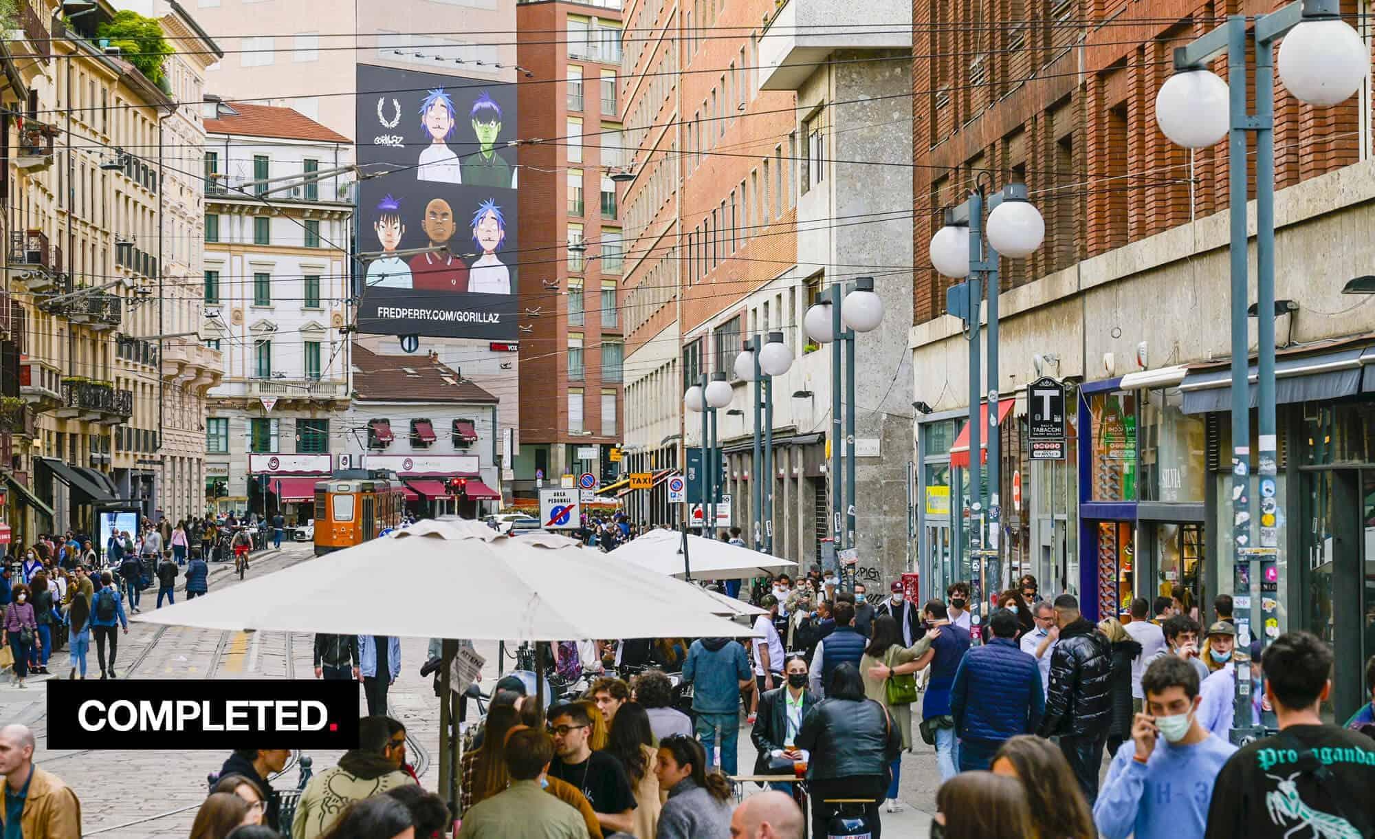 Maxi Affissione a Milano in Largo Carrobbio con Fred Perry e Gorillaz (Fashion)