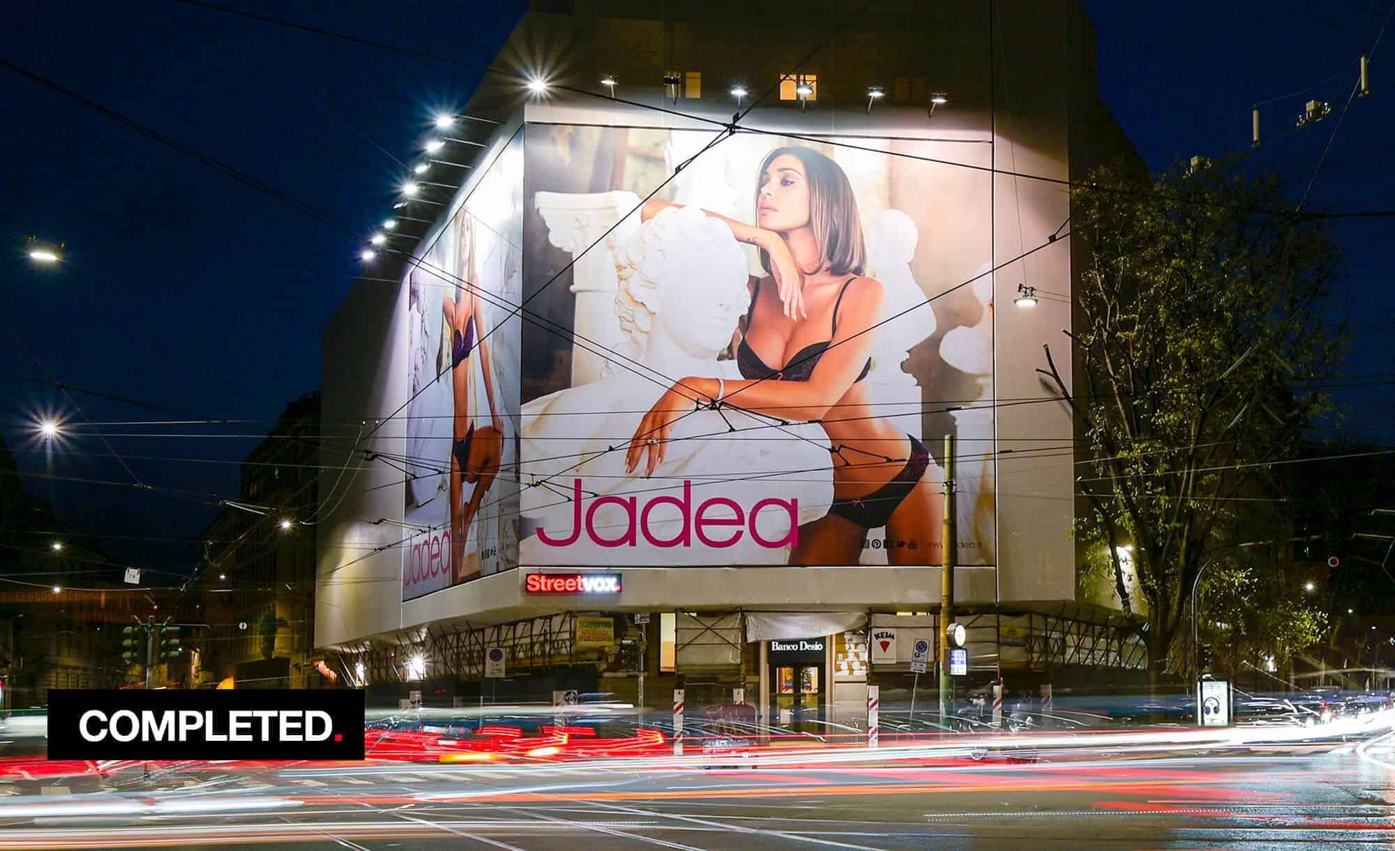 Maxi Affissione a Milano in Corso Magenta 42 con Jadea (Fashion)