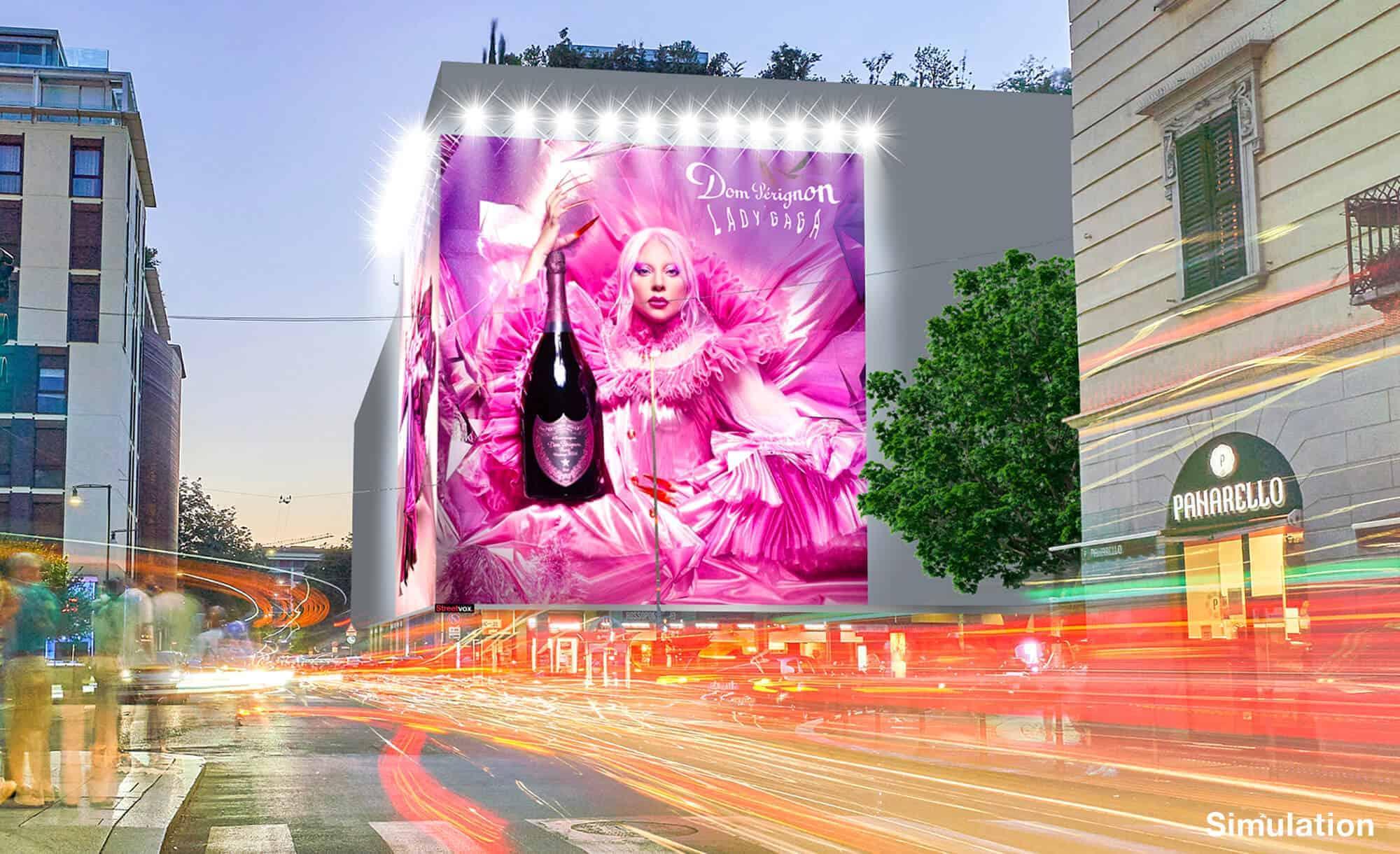 Maxi Affissione a Milano in Via Moscova 58 con Dom Perignon (Beverage)