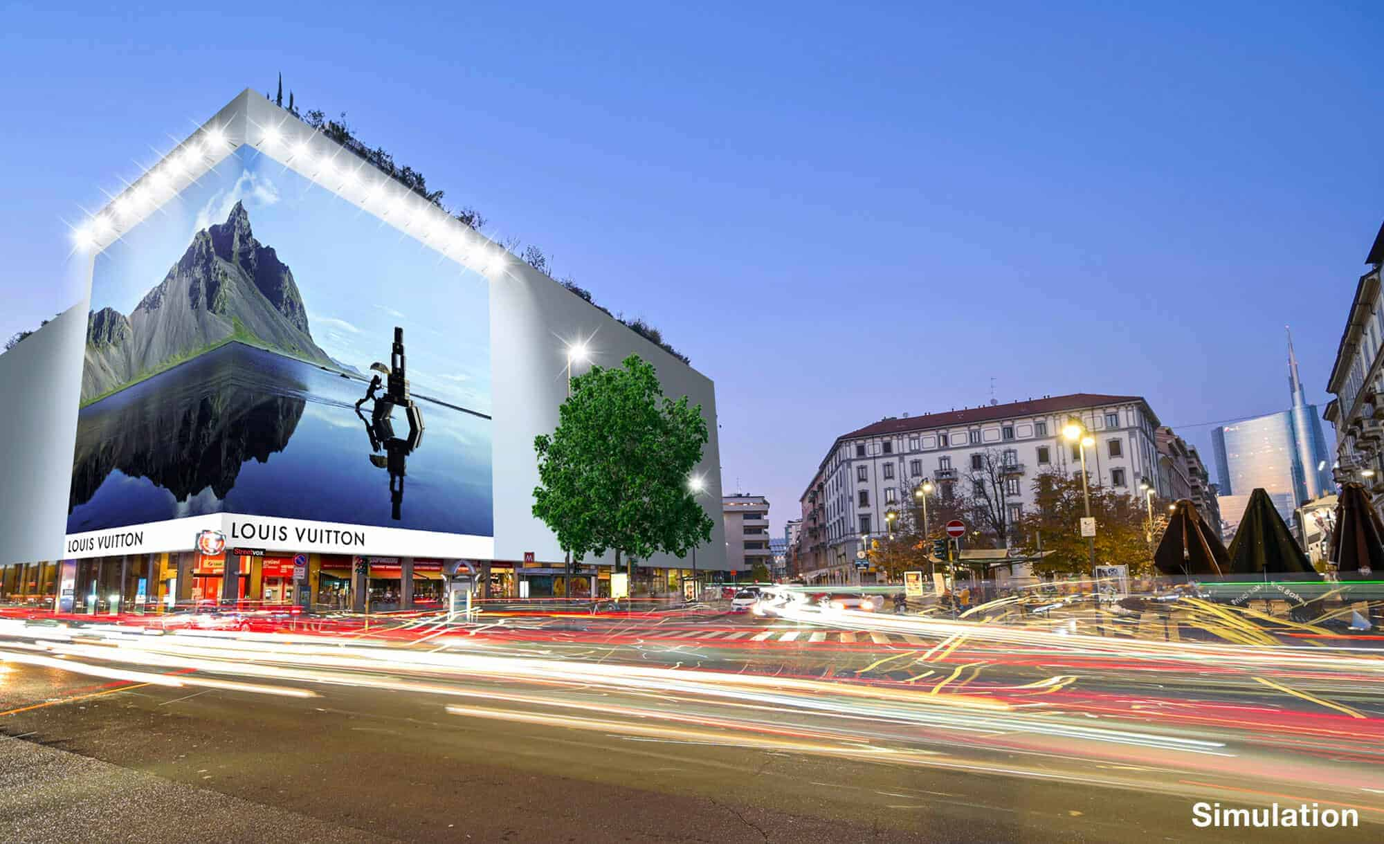 Maxi Affissione a Milano in Via Moscova 58 con Louis Vuitton (Fashion)