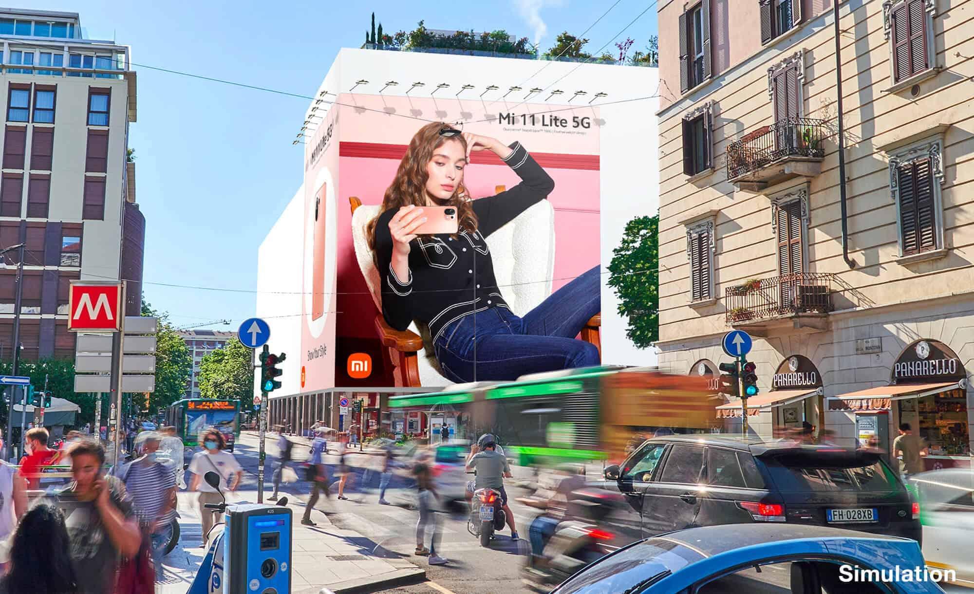 Maxi Affissione a Milano in Via Moscova 58 con XiaoMi (Technology)